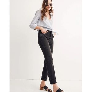 Madewell Slim Boyjean Mid Rise Dark Wash Jeans